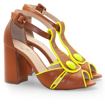 c6bc654695 Caramelo em Sapatos Femininos – Calçados Femininos Saltare
