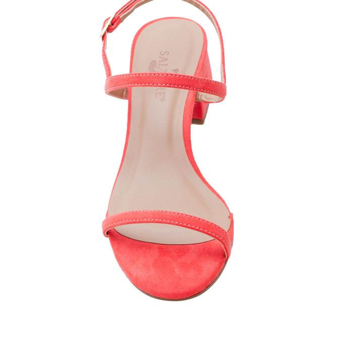adele-su-flamingo-3